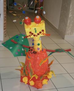 Robot lanceur de boules de feu